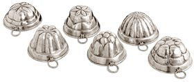 6 assorted chocolate moulds