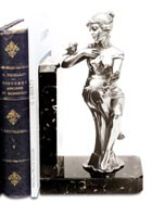 bookend - sitting woman holding a bouquet of flowers