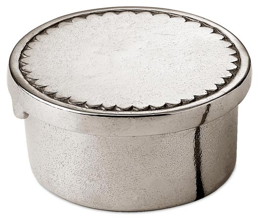 Small round engraved box, grey, Pewter, cm Ø5