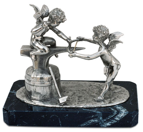 Couple of craftsman angels on marmle base cm 14x7x12 (Pewter / Britannia Metal) - collection: Putto. Cosi Tabellini.