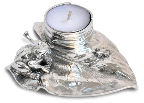 Candle holder -  frog and fly on waterlily cm 13 x 9,5 x h 2,5 (Pewter / Britannia Metal) - collection: Rana. Cosi Tabellini.