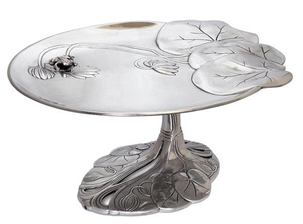 Footed tray - water lily and frog cm 26 x h 12 (Pewter / Britannia Metal) - collection: Ninfea. Cosi Tabellini.