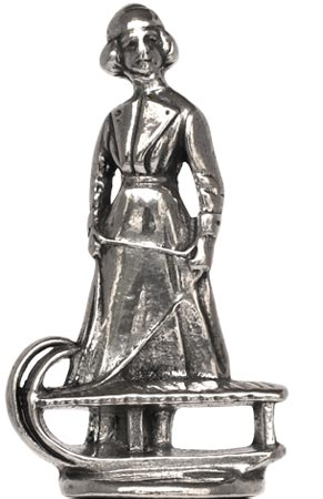 Statuette - lady on sled figurine cm h 5,5 (Pewter / Britannia Metal) - collection: Relief. Cosi Tabellini.