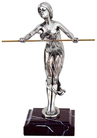 Statuette - little woman with bar cm h 20 (Pewter / Britannia Metal) - collection: Donna. Cosi Tabellini.
