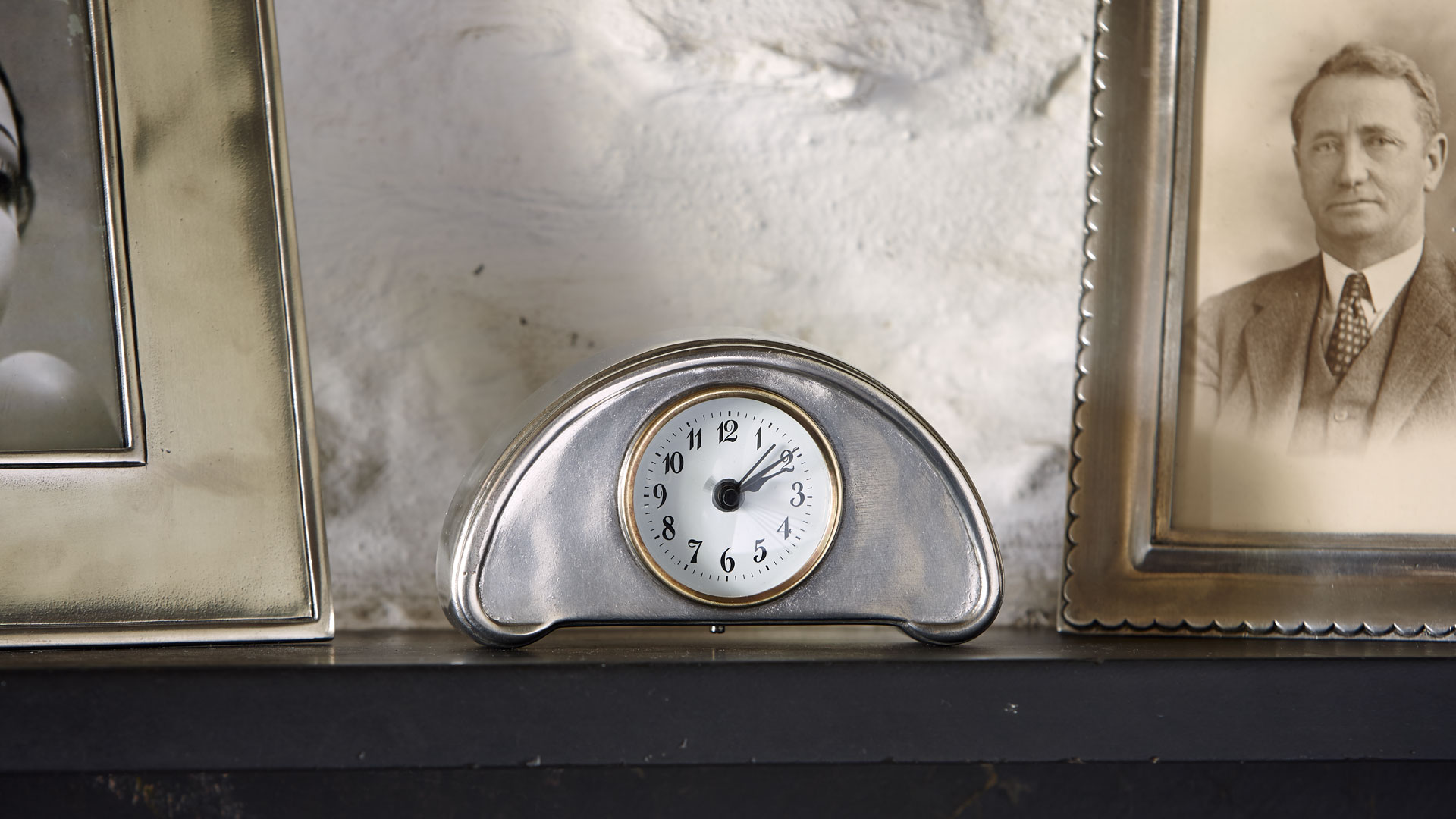 alarm wecker analog mit batterie grau zinn und glas cm 13x7 by cosi tabellini kollektion. Black Bedroom Furniture Sets. Home Design Ideas