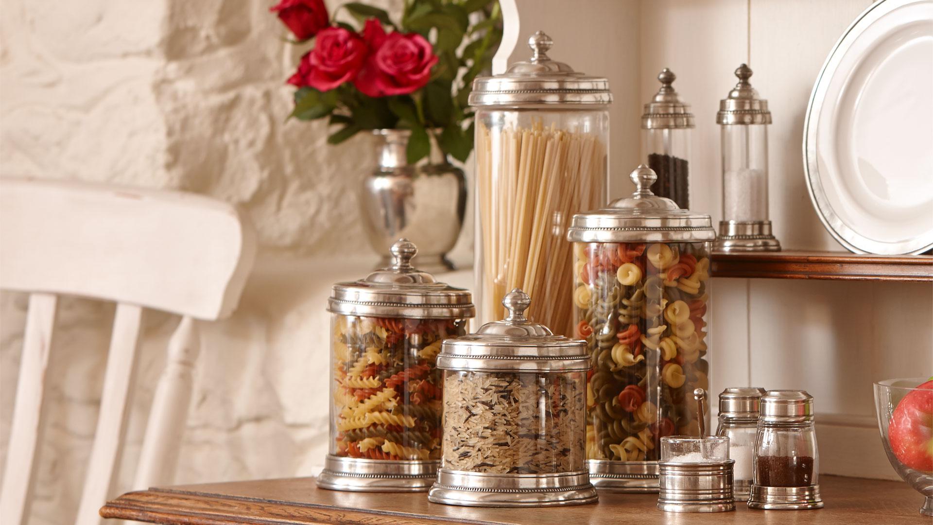 Barattolo cucina grigio metallo peltro e vetro cm 12xh19 lt 1 by cosi tabellini - Barattoli pasta cucina ...