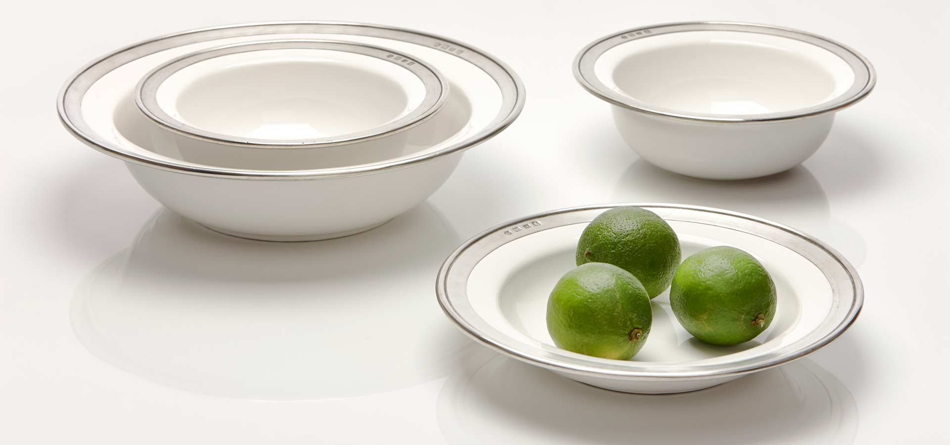 bowls, fruit stands