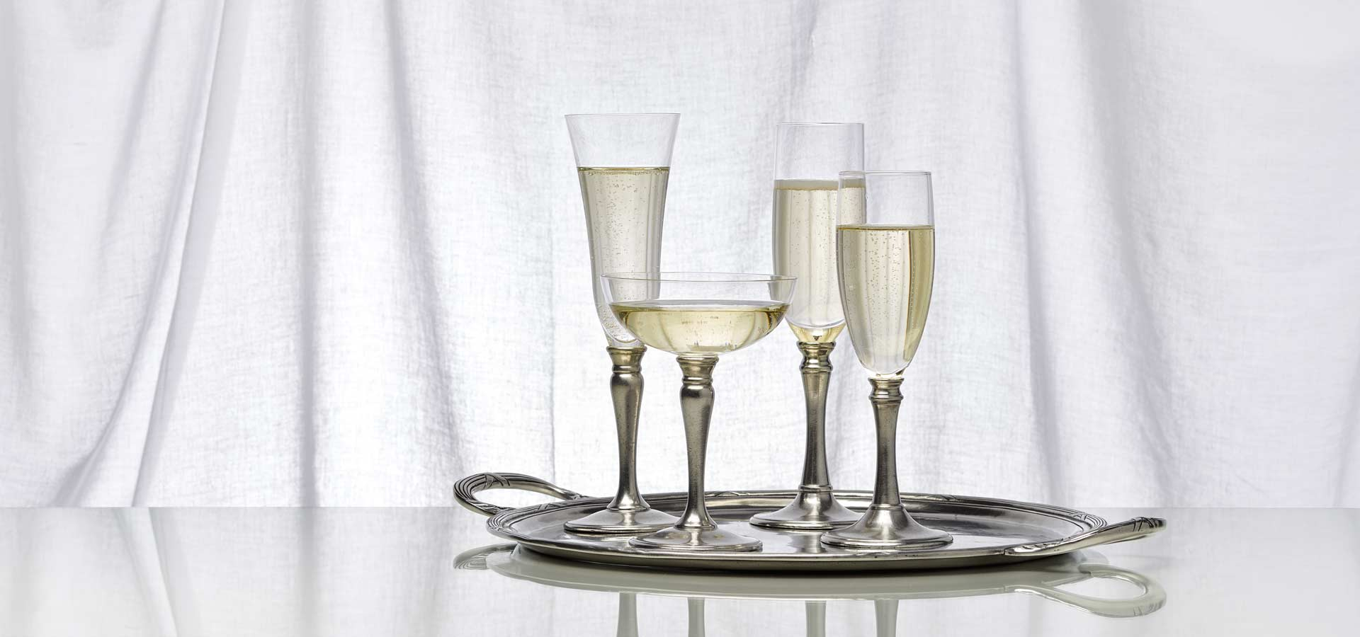 glasses, goblets, tumblers