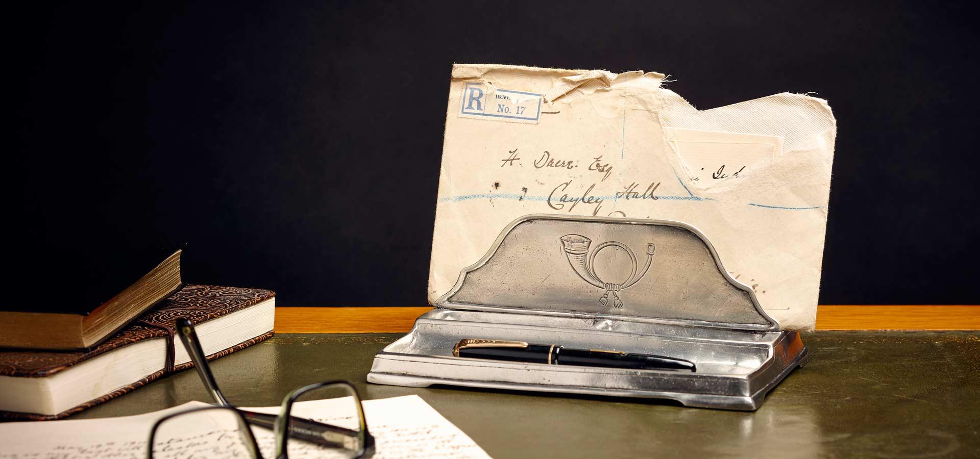 letter holders