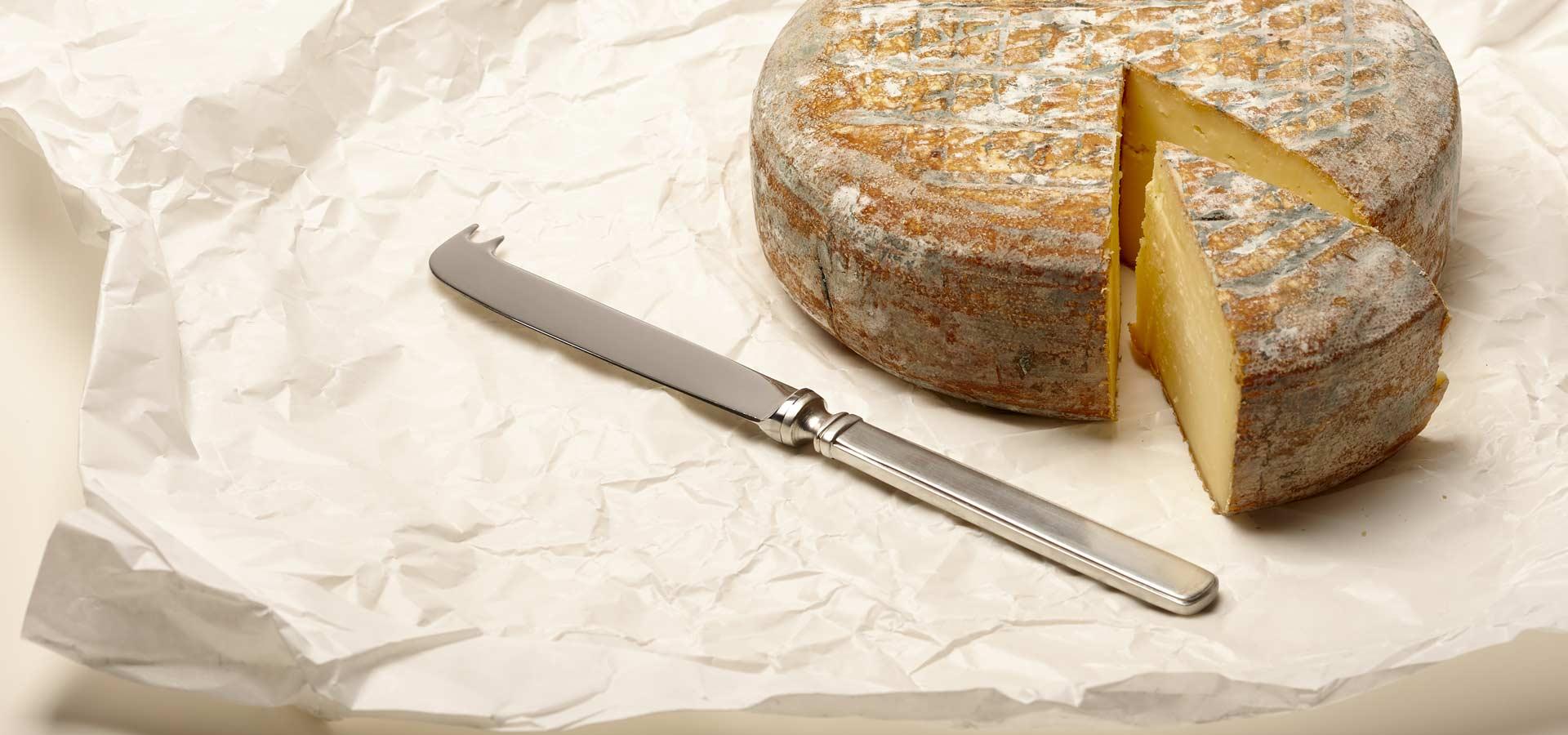 flatware, cutlery